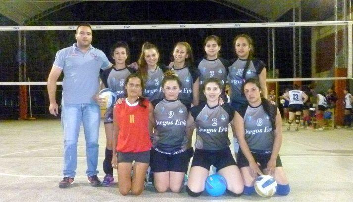 Equipo de Las Panteras que compite en la categoría Primera femenina, en el Clausura de la Asociación Capitalina de Vóley.