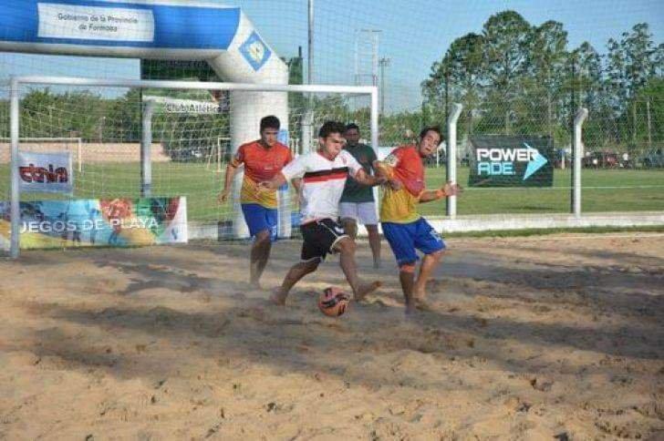 La Copa Etnias traslada toda la espectacularidad del fútbol plata a la localidad de Herradura.